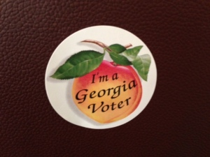 "Sticker of a peach with the words ""I'm a Georgia voter."""
